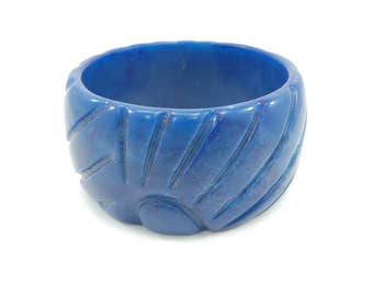 Vintage Blue Bangle, Chunky, Carved Lucite