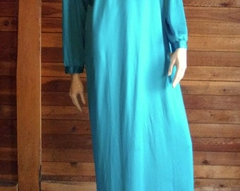 Vintage Lingerie 1970s TEXSHEEN Teal Size Large Nightgown ~ Has Tags
