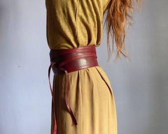 Ceinture large obi femme à nouer ,cuir souple rouge ,poche secrète