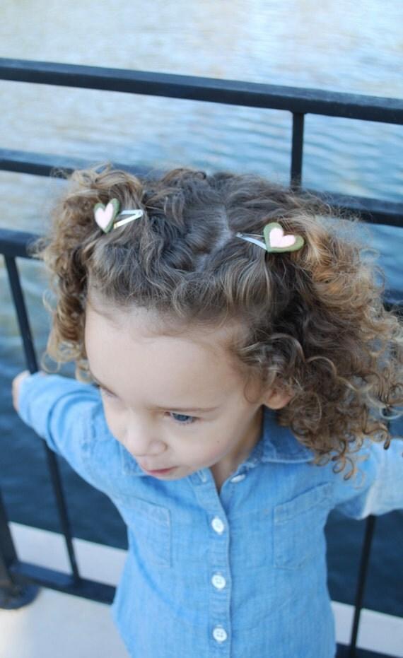 Girls Green and Pink Heart Hair Clip Set - Heart Hair Clips - Felt Heart Hair Clips - Girls Hair Clips -Baby Girl Hair Clips-Kids Hair Clips