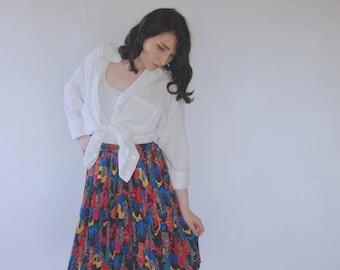 Vintage 80s/90s pleated skirt Knee length skirt mini Avant garde multi color/colour skirt High waist skirt summer artsy Abstract print Small