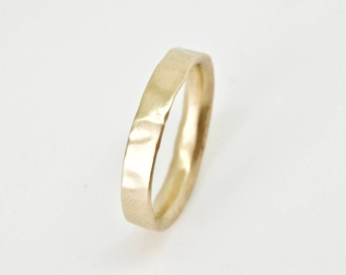 Gold Molten Ring in 9 Carat Yellow Gold