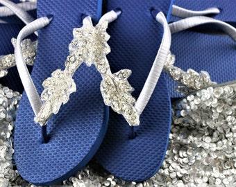 BRIDESMAID Flip Flops,BRIDAL Flip Flops, WEDDING Flip Flops,Navy flip flops,  Elegant  Flip Flops, Bridesmaid Gifts, Bridal Party Gift