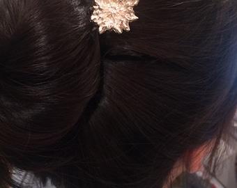 Bachelor Button Hair Pick