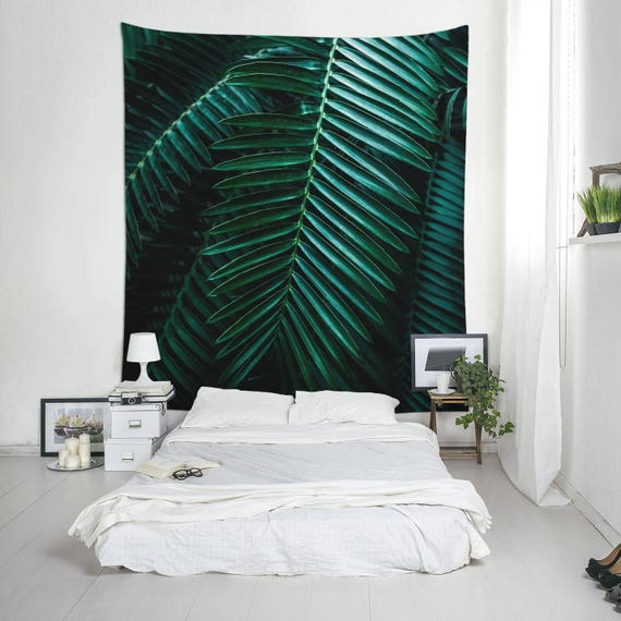 Green Leaf Tapestry, Tropical Tapestries, Green Decor, Tropical Decoration, Dorm Wall Art, Boho Wall Hanging, Trendy Tapestry, Room Art
