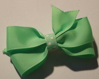 SALE: Mint Green Hair Bow, Green Hair Bow, Toddler Mint Green Hair Bow, Easter Hair Bow, Spring Hair Bow, Green Hair Bow, Light Green