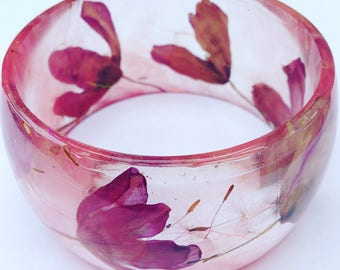 Medium bangle, clematis bangle, real pressed flower bangle, resin bangle, spring bangle, bangle, medium, tallulah, clematis, rose, resin