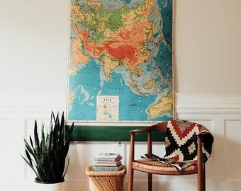 Vintage Rand McNally School Pulldown Map / Asia