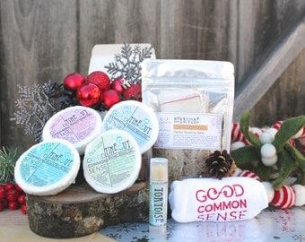 Shower 'n Bath Spa Set - 7 Piece Gift Set - Shower Tablets Set - Bath Salts - Organic Lavender Lip Balm - Gift for her - Bubble Bath