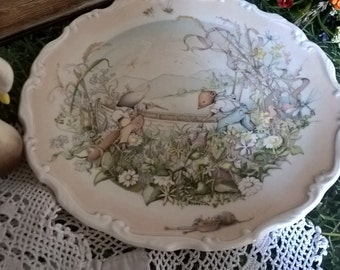 Preparations for the Boating Season, Royal Doulton Wind in the Willows (Kenneth Graham) plate.  This illustration by Christina Thwaites.