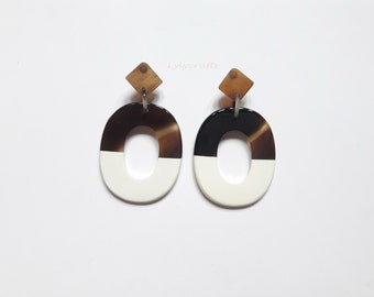 Chic buffalo horn earrings, Lacquering in Snow White color #FFFAFA [EA-022]