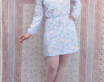 1970's dress 60's 70's Vintage dress Flower Power Mini dress Long sleeve dress Pin Up Baby Doll Hippie Boho dress small medium