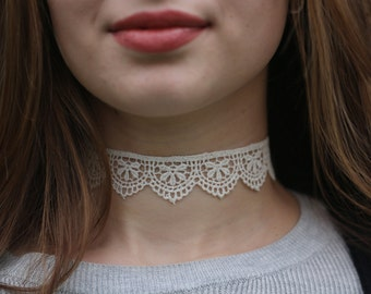 Thick Cream Lace Choker Necklace