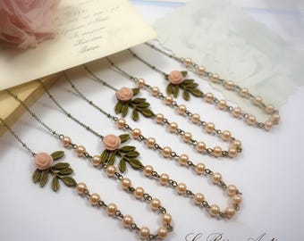 Personalized Bridesmaids gift Pearls and Leaf Necklaces set of four with light pink flower ivory pearls Personalized Cards vintage wedding