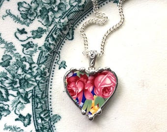 Vintage chintz china, heart pendant necklace, vintage welbeck chintz, pink roses floral broken china jewelry - eco-friendly