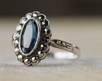 Vintage Sterling Silver Ring Marcasite & Blue Glass Cluster Ladies 925 FREE SHIPPING Size P / 7.75