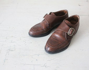 chocolate leather buckle loafers / 7