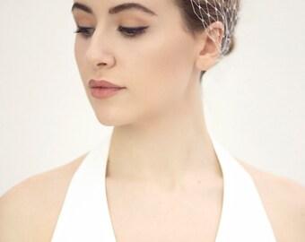 Bandeau Veil Headband, Wedding Veil, Modern Brides Fascinator - Niiv