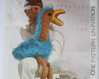 ROD HULL's Famous Puppet, Hibou Productions Ltd., 1976, EMU Sewing Pattern, Unused /Uncut Style 1757, copyright 1976