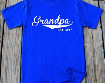 Grandpa Gift Christmas Gift Father's day gift Grandfather gift Grandpa EST. 2017 T-Shirt For Grandpa Father in law gift New Grandpa gift