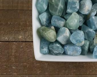 One Medium Raw AQUAMARINE Crystal Tumbled Stone - Aquamarine Stone, Healing Crystals, Polished Stones, Wire Wrap Aquamarine Jewelry E0044