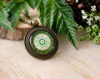 Green Mandala Necklace, Antique Bronze Pendant,Glass Cabochon Pendant With Chain