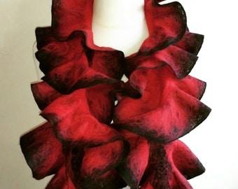 felted scarf - women felt wool scarf - elegant felt collar - wavy scarf felted - winter scarf - fall scarf - gift for her - women accessory