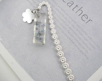 Real Flower Bookmark, Forget Me Nots  in Resin Metal Bookmark, Personalised Gift, Book Lovers Gift, Readers Gift