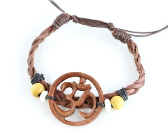 Carved wood om bracelet - One size fits all - Sawo Wood om and leather bracelet - Meditation bracelet - Yoga Bracelet