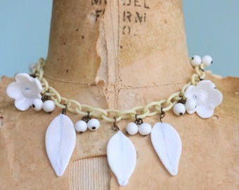 Vintage 1930's Celluloid and Glass Floral Necklace | Size OSFM