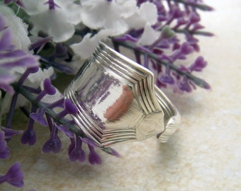 SPOON RING Sterling Silver 925, unisex spoon ring, handmade upcycled from vintage spoon (Gorham,  Plymouth, Pat 1911). Custom size.