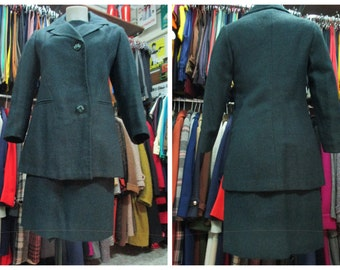 Charming 50s dress wool suit/Dress outfit/Dark green/ 3/4 sleeve dress/Taylored/Size 6-8/Tailleur con vestito in panno anni 50/Verde/Tg.44