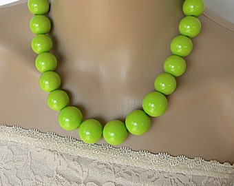 Lime green necklace set for her, bold chunky necklace for summer 2017,  bold chunky jewelry, short necklace set for her, necklaces for women