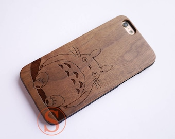 Totoro phone case, Wood iPhone 7 case, Totoro iPhone 6 case, iPhone 6s plus case, Engraved Wood iPhone 7 Plus case, Wood phone case, KC-15