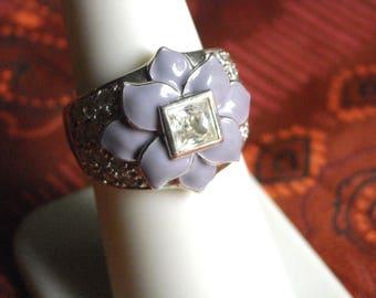 Sterling Silver Diamonique DQ White CZ & Lavendar Enamel Flower Ring (7.25) Retired