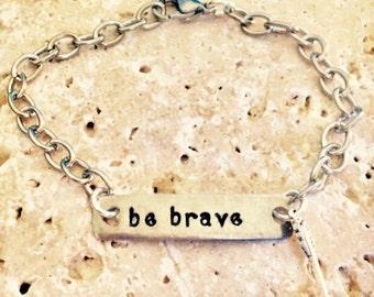 Be brave bracelet, be brave, arrow charm bracelet, hand stamped bracelet, Be Brave jewelry, inspirational gifts, uplifting gifts, brave