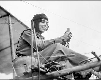 16x24 Poster; Hélène Dutrieu C1911 Aviator
