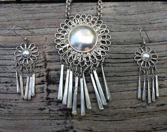 Vintage Jewelry Set - Sun - Necklace - Earrings - Silvertone