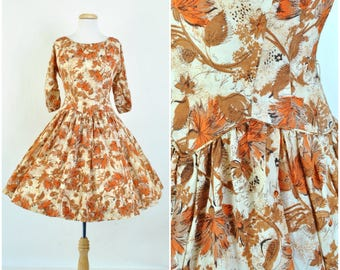 Vintage 1950's floral dress/ 50's dress sz XS - S  Autumn floral print / fit and flare / drop waist, 3/4 sleeve / 1950's New Look dress