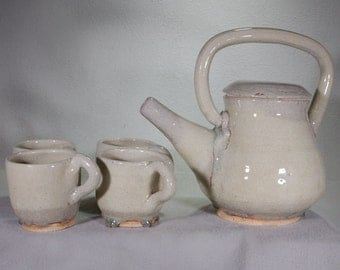 Decorative Trickle Tricky Khaki Stoneware Teapot and Four Functional Cups