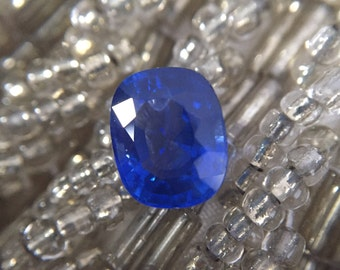 2ct Bright Cornflower Blue Sapphire Cushion
