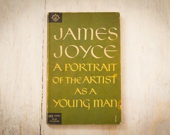 "James Joyce ""A Portrait Of The Artist As A Young Man"" (The Viking Press, Paperback, Third Printing 1957, 253 pages)"