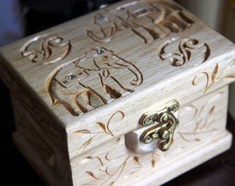 "Jewelry box ""Indian Motives"""
