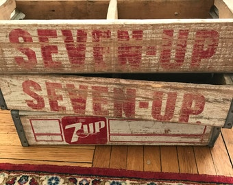 Vintage Wooden 7 UP Seven Up Crate // Vintage Wood Crate // Vintage Wooden Soda Crate