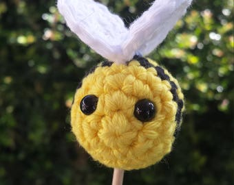 Crochet Bee & Flower