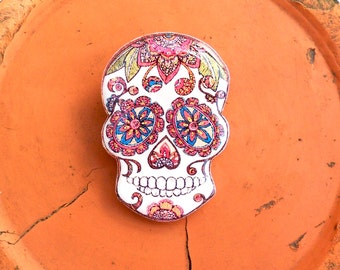 Day of the dead, Free shipping Openwork skull flowers skeleton, skull, pin skull, brooch skull, jewelry skull, clay skull, clay pin