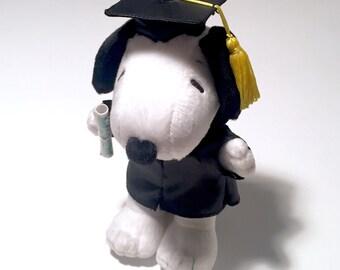SALE! Vintage Hallmark Plush Peanuts Snoopy Dog Stuffed Animal Money Presenter with Graduation Cap & Gown