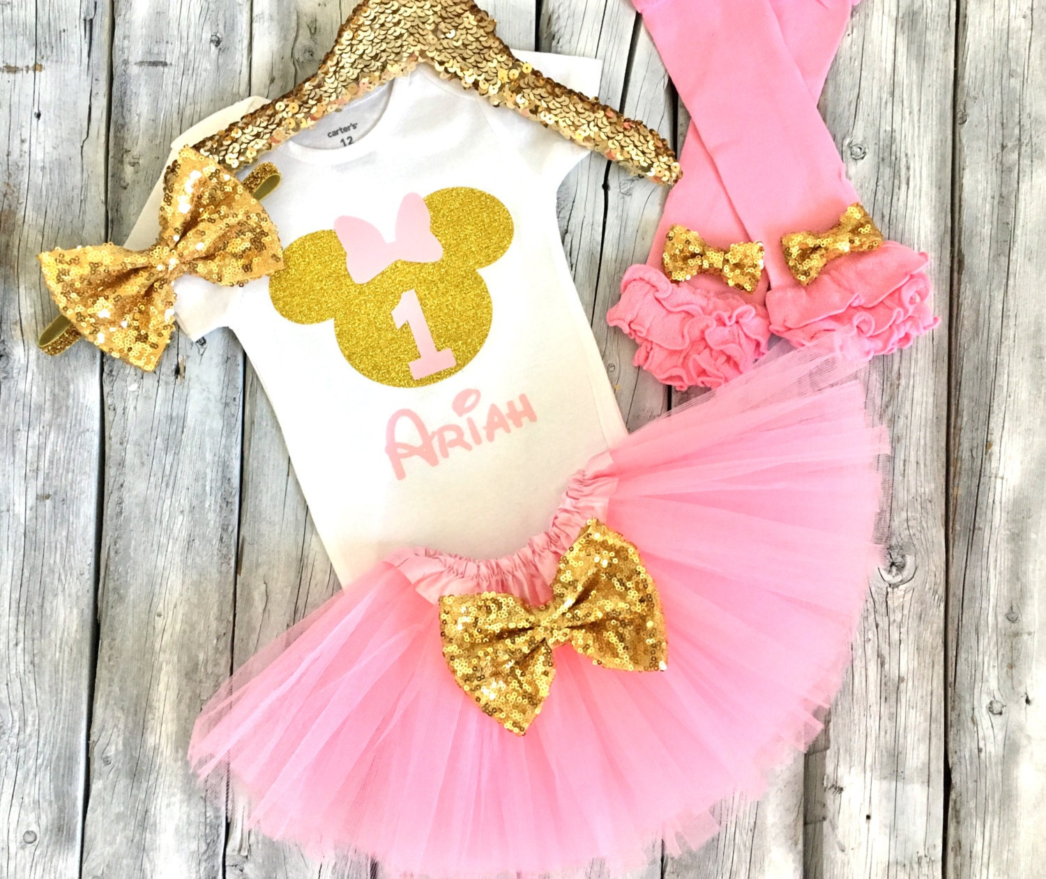 Pink and gold Minnie Mouse first birthday outfit minnie