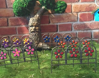 Fairy Garden Fence Edging One Miniature Accessories For Terrarium Or A  Miniature Garden Scallop Wire,