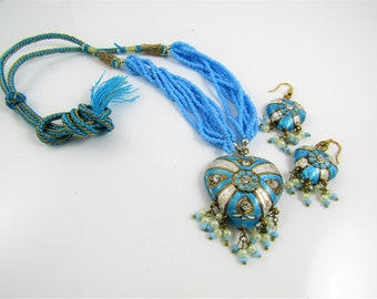 Indian Jewelry Set- Jaipuri Lac Necklace and Earrings- Turquoise and White Heart / Rajasthani Jewelry / Bollywood/ Meenakari / Laq / Jaipur